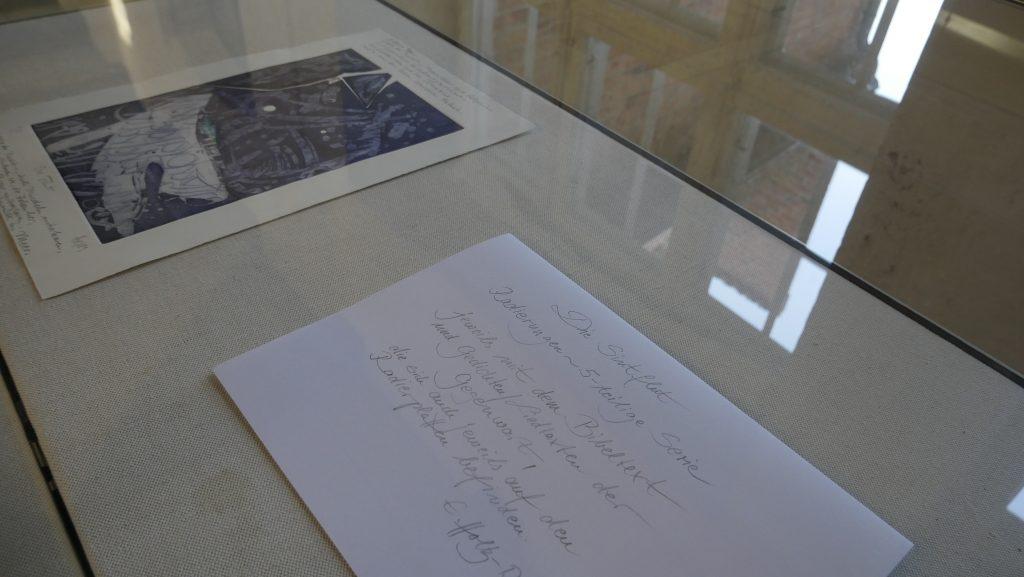 Ausstellungsfoto eines Werkes; Foto: © Möllner Museum - Kathrin Thomann