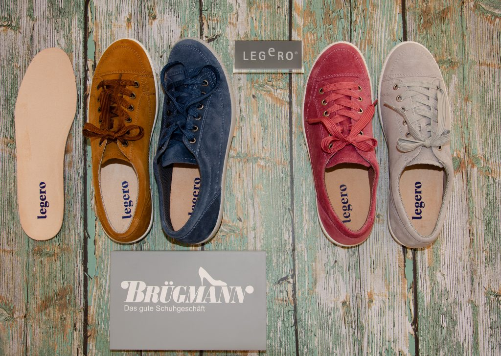 bunte Sneaker; Foto: © Steffi Schwänke