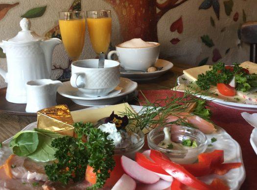Frühstück im Café am Markt