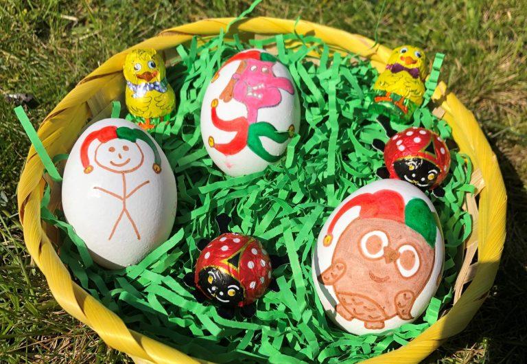 Tills Tipps, wie Euch Ostern Daheim nicht auf die Eier geht